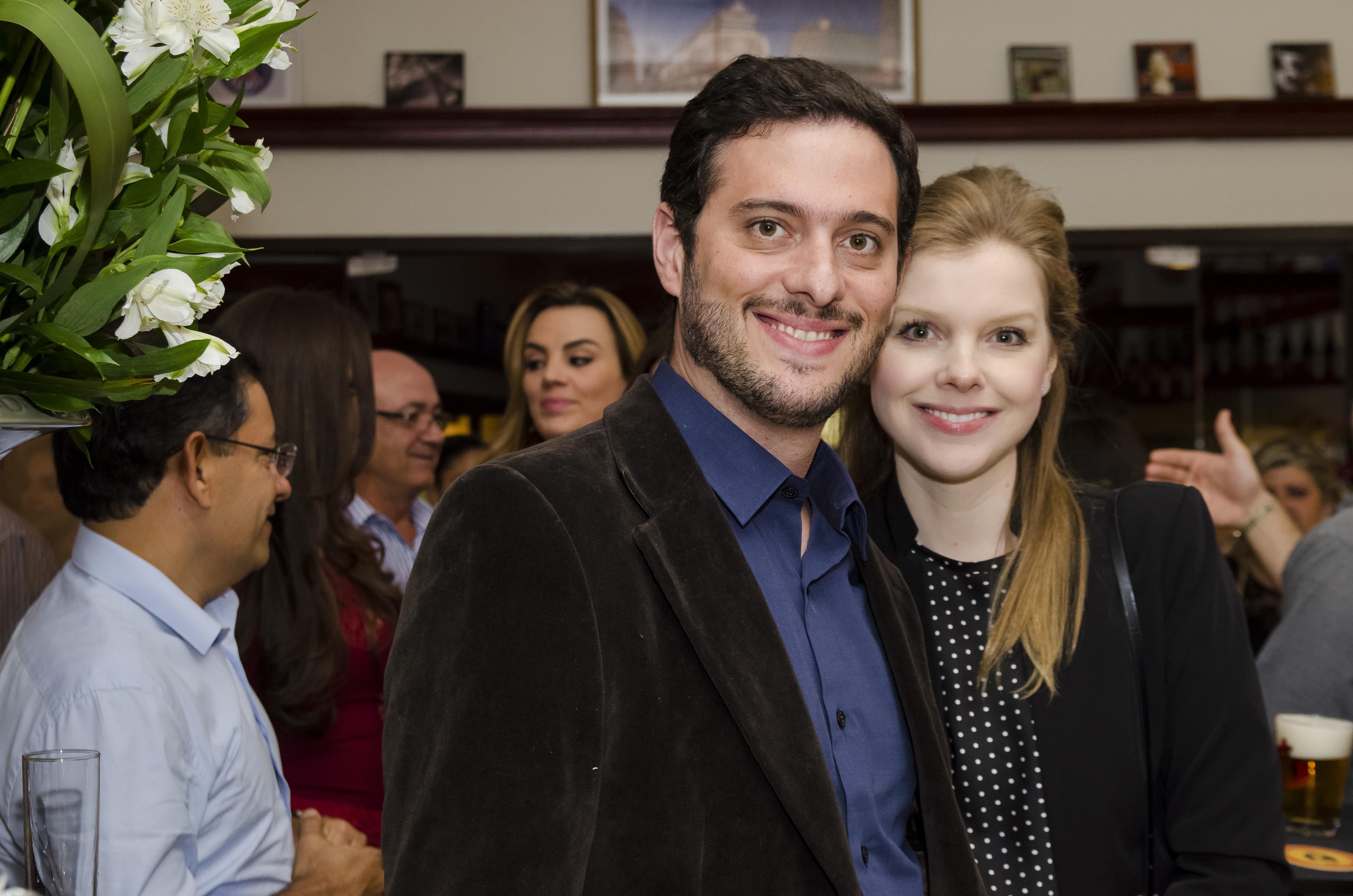 Willian e Ester Ferreira