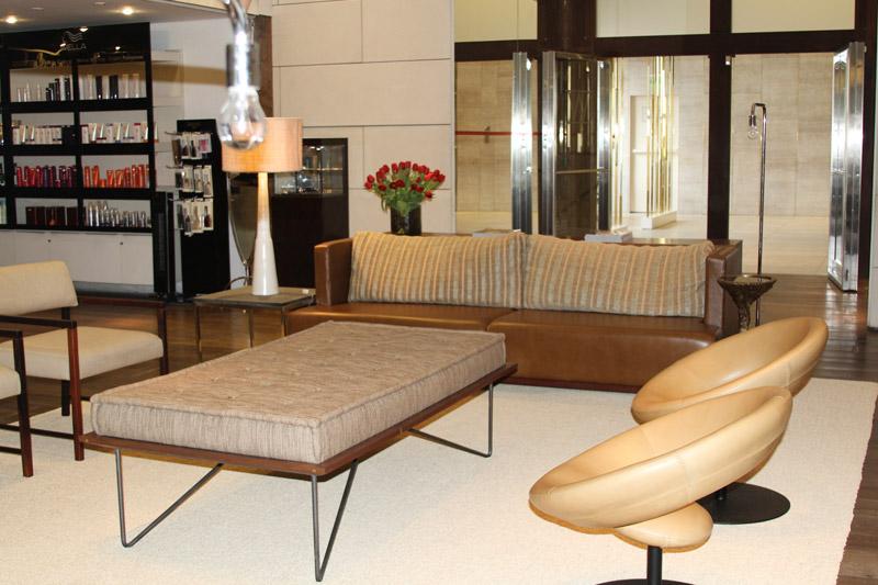 salao-iguatemi-entrada-sofas