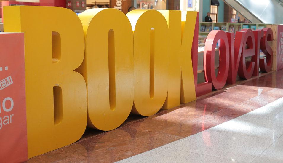 54285fd75 Feira de Livros Infantis acontece no Shopping Santa Úrsula com títulos a  partir de R 3